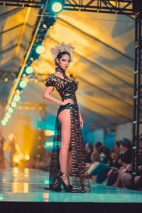 Viet fashion week 2016 advance Beauty College 11